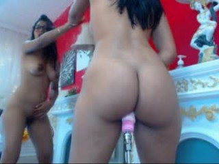 Webcam Belle - vania_smitt cam girl with big tits wants gets anal fucked from behind