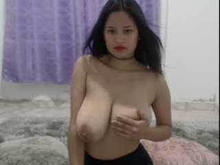 Webcam Belle - bella_pocahontas3 cam girl with big tits wants gets anal fucked from behind