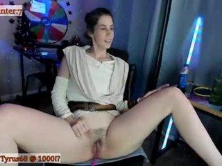 Webcam Belle - _novareign brunette cam girl with hairy pussy in mesh stocking loves anal