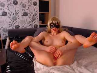 Webcam Belle - ana__lingus european cam girl loves role play and hard fucking with her boyfriend online