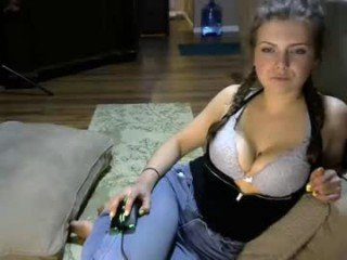 Webcam Belle - sunshinekate big tits cam girl fucking each other with toys