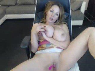Webcam Belle - bustynataschax webcam milf fetish live sex online
