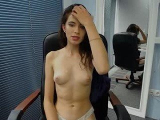 Webcam Belle - carla_page small tits cam girl loves rubs her shaved piss-hole on camera