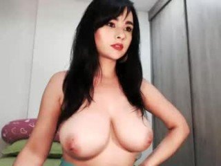 Webcam Belle - luscious_xxx cam slut loves run a train on her wet pink pussy and tight little asshole online