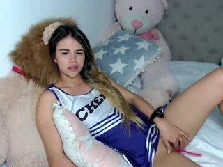 Webcam Belle - tatiana__cortes18 cam girl with big ass presents hot live sex cum show