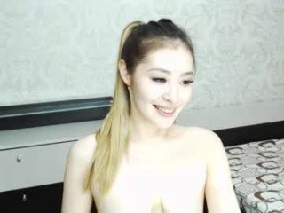Webcam Belle - lech_emmy cam girl with big tits wants gets anal fucked from behind