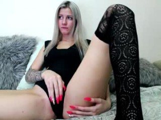 Webcam Belle - wtfuck303 cam girl with big tits wants gets anal fucked from behind