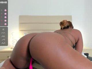Webcam Belle - tara_thomson horny cam girl enjoys dirty anal live sex in exchange for a good mark