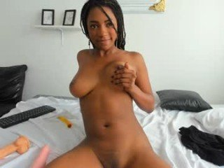 Webcam Belle - april_ebony18 spanish cam babe accepts hot cum inside her pussy