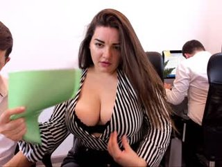 Webcam Belle - omg_hehe french cam milf with nice titties loves fucking her boyfriend