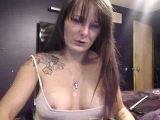 Webcam Belle - hotwheeler cam slut loves fucking her boyfriend online