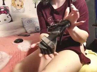 Webcam Belle - wildpersia cam slut loves fucking her boyfriend online