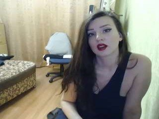 Webcam Belle - russian_kitty cam girl showing big tits and big ass