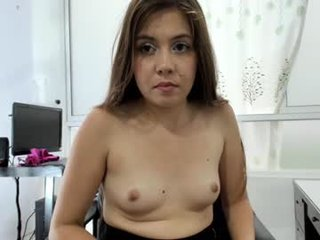 Webcam Belle - smalltits16 pregnant cam milf enjoys her body on camera