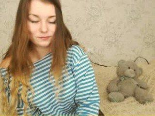Webcam Belle - annet_sweet milf cam slut enjoys anal live sex