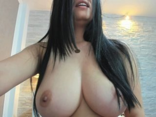 Webcam Belle - patriciakeys big tits cam babe have to shave pussy