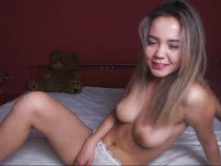 Webcam Belle - surionpio big tits cam babe have to shave pussy