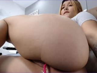 Webcam Belle - camila_white1 live sex session with cute european cam girl getting her pussy ruined