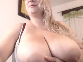 Webcam Belle - nina_stuart83 spanish cam milf doing everything so that you then see sexual dreams