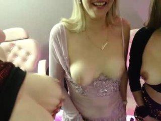 Webcam Belle - andre_mature amateur cam mature with big tits enjoys hot live sex on the camera