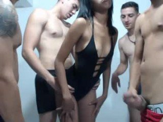 Webcam Belle - the_sweet_dogs spanish cam babe with small tits loves sex on camera