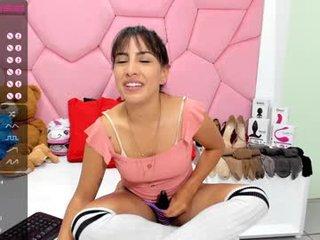 Webcam Belle - lizblumer spanish cam babe loves fetish live sex scenes