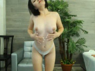 Webcam Belle - aisakayo cam girl loves her sweet pussy penetrated hard