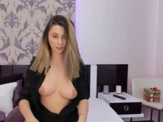 Webcam Belle - foxy_chloe_ after fucked french cam girl gets tits coated with cum