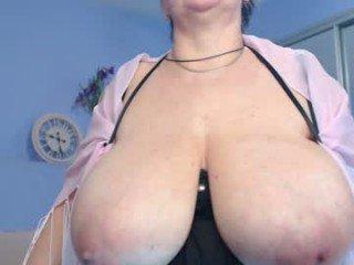 Webcam Belle - rebekkacharm domina cam girl loves dirty live sex in the chatroom