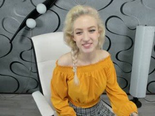 Webcam Belle - skye_princess_new pregnant cam milf enjoys her body on camera