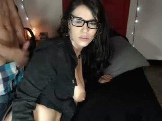 Webcam Belle - jazmin_moon french cam milf with nice titties loves fucking her boyfriend