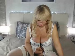 Webcam Belle - samanta_bates_ cam slut loves fucking her boyfriend online