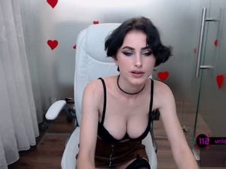 Webcam Belle - anne_millan french cam babe flashing her small tits and masturbating online