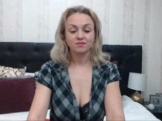 Webcam Belle - ladyjeen cam slut loves fucking her boyfriend online